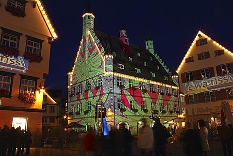 Illuminated town hall, market square of Biberach, long exposure, late shopping night, Biberach an der Riss, Upper Swabia, Baden-Wuerttemberg, Germany, Europe