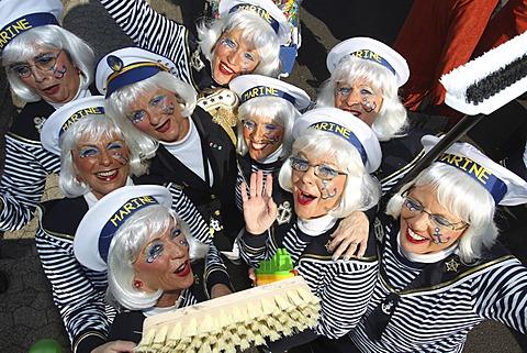 Carnival, Fat Thursday parade in Muelheim-Kaerlich, Rhineland-Palatinate, Germany, Europe