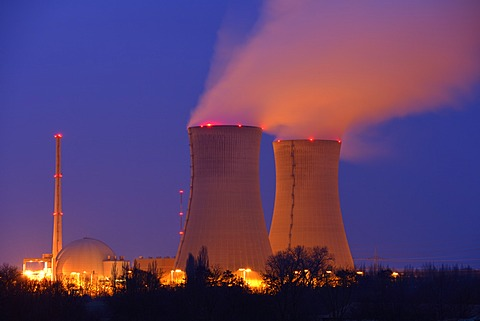 Grafenrheinfeld Nuclear Power Plant at night, Grafenrheinfeld, Unterfranken, Bavaria, Germany