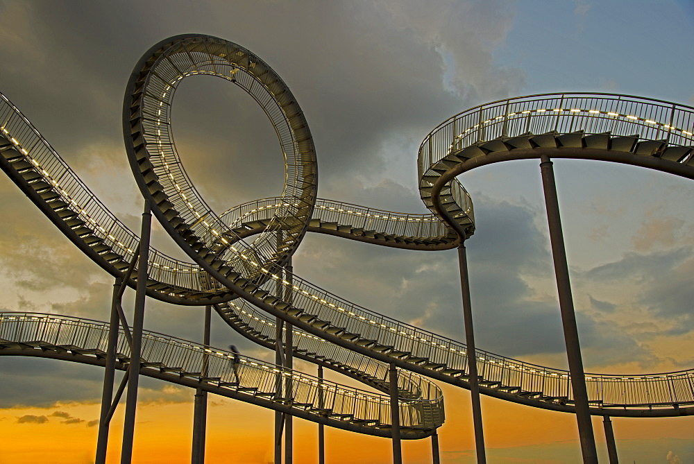 "Landmark ""Tiger & Turtle - Magic Mountain"" by Heike Mutter and Ulrich Genth, walkable sculpture in the shape of a roller coaster, on the Halde Heinrich-Hildebrand-Höhe heap, Angerpark, Duisburg, North Rhine-Westphalia, Germany, Europe, PublicGround"