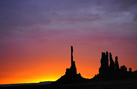 Totem Pole and Yei Bi Chei rock formations after sunrise, composing, Monument Valley, Navajo Tribal Park, Navajo Nation Reservation, Arizona, Utah, Southwest, United States of America, USA