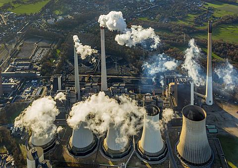 Coal power plant Scholven, E.ON Kraftwerke, cooling towers, chimneys, smoke, Gelsenkirchen, Ruhr district, North Rhine-Westphalia, Germany, Europe