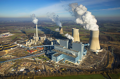 Aerial view, Kraftwerk Westfalen power plant, RWE Power, coal power plant, former nuclear power plant THTR Hamm-Uentrop, Welver, Ruhr district, North Rhine-Westphalia, Germany, Europe - 832-378640