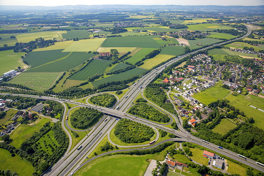 Motorway intersection A2 and main road B239 between Herford and Bad Salzuflen, cloverleaf interchange, highway bridge, North Rhine-Westphalia, Germany, Europe