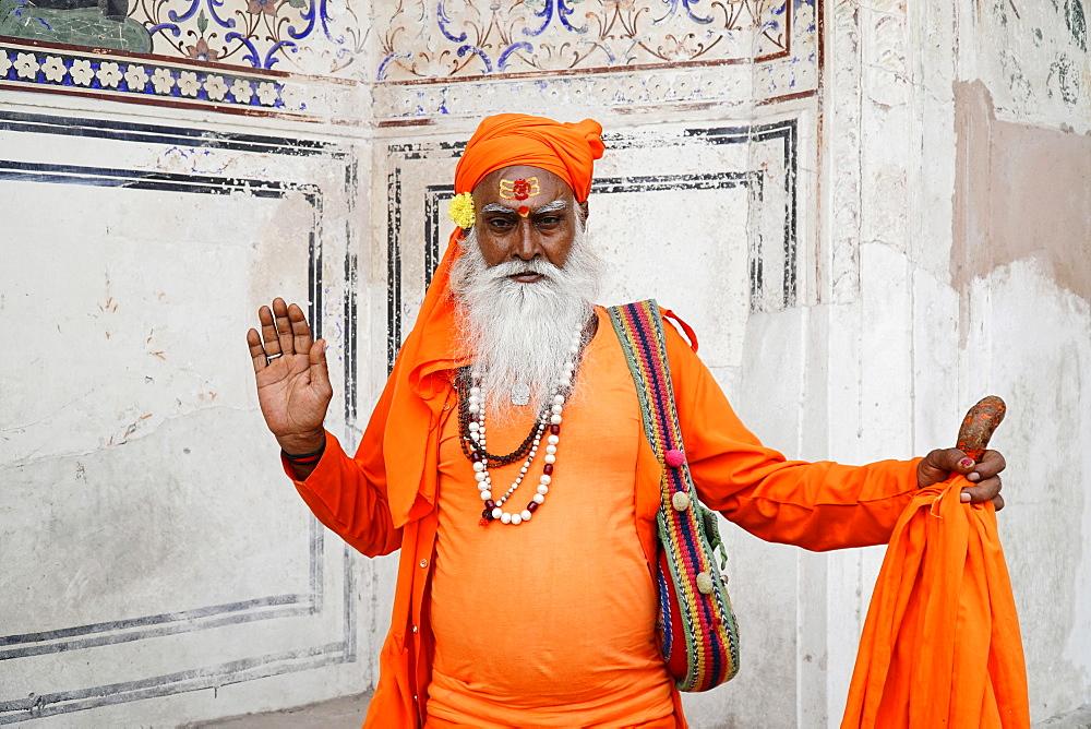 Indian holy man, Sadhu, Jaipur, India, Asia