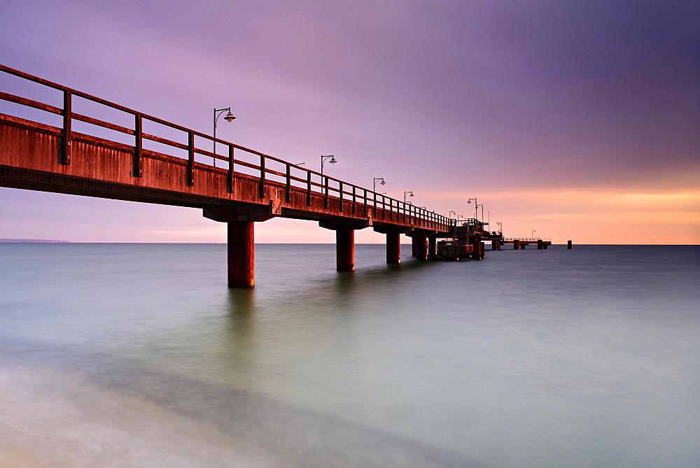 Pier on the beach at morning light, long exposure, Seebad Gohren, Rugen, Mecklenburg-Western Pomerania, Germany, Europe