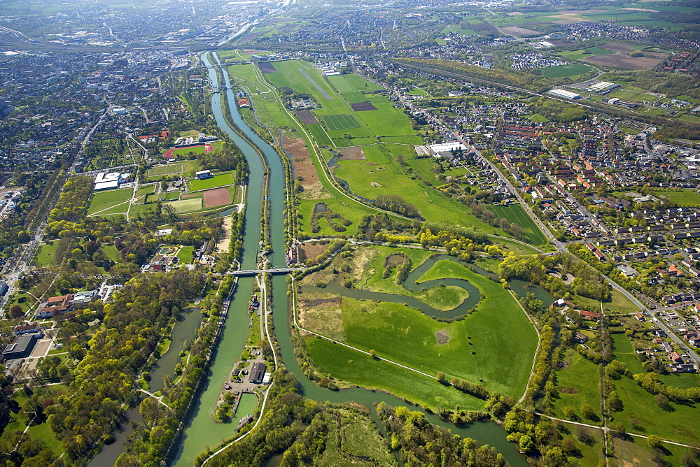 Aerial view, Lippeauen Hamm-Mitte, Lippe, Datteln-Hamm Canal, Airport Hamm-Lippewiesen, Hamm, Ruhr district, North Rhine-Westphalia, Germany, Europe