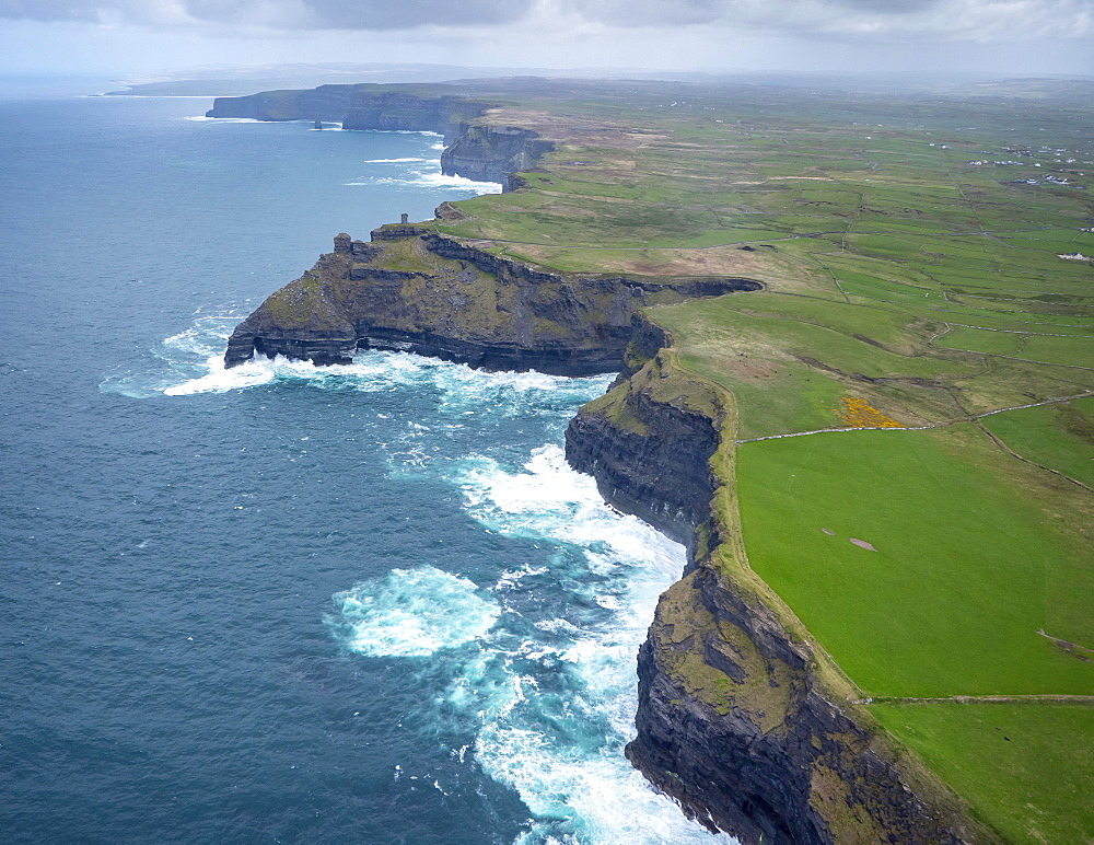Cliffs of Moher, County Clare, Atlantic Ocean, Ireland, Europe
