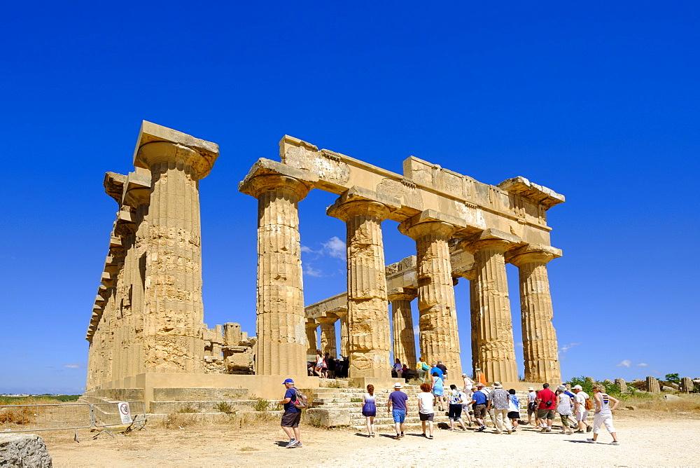 Temple ruin, Temple E, Hera Temple, archaeological site, Selinunt, Province of Trapani, Sicily, Italy, Europe