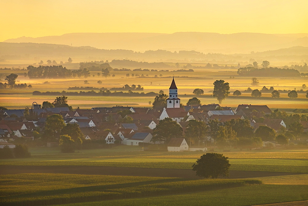 Birkhausen at Wallerstein in the morning light, sunrise, Nördlinger Ries, Swabia, Bavaria, Germany, Europe