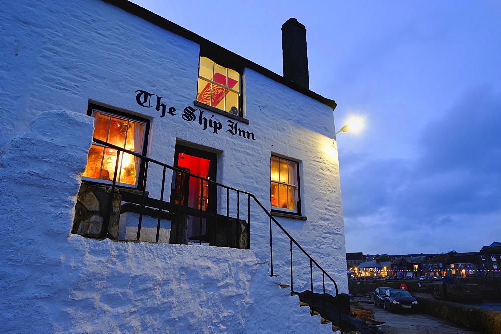Pub at dusk, The Ship Inn, Porthleven, Cornwall, England, United Kingdom, Europe