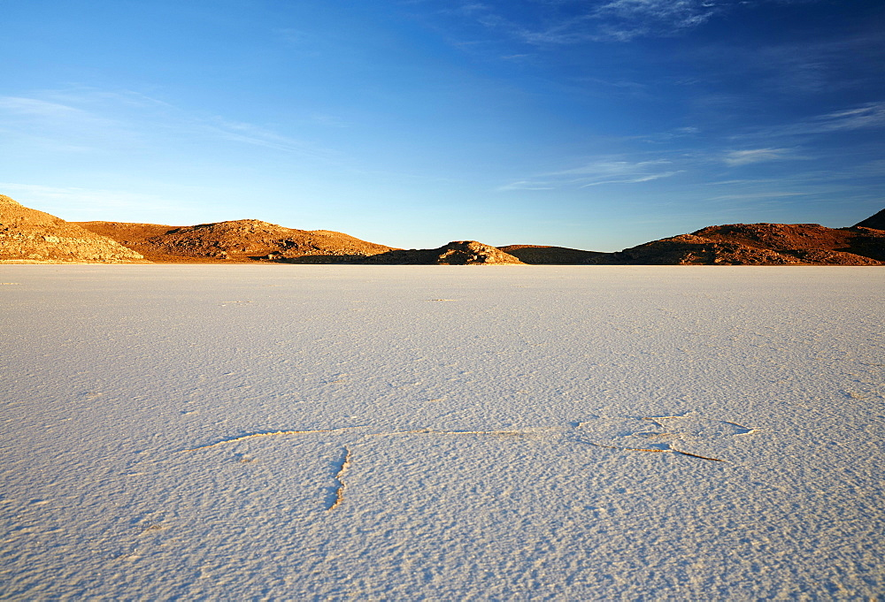 Dried salt lake, Salar de Uyuni, Altiplano, Bolivia, South America
