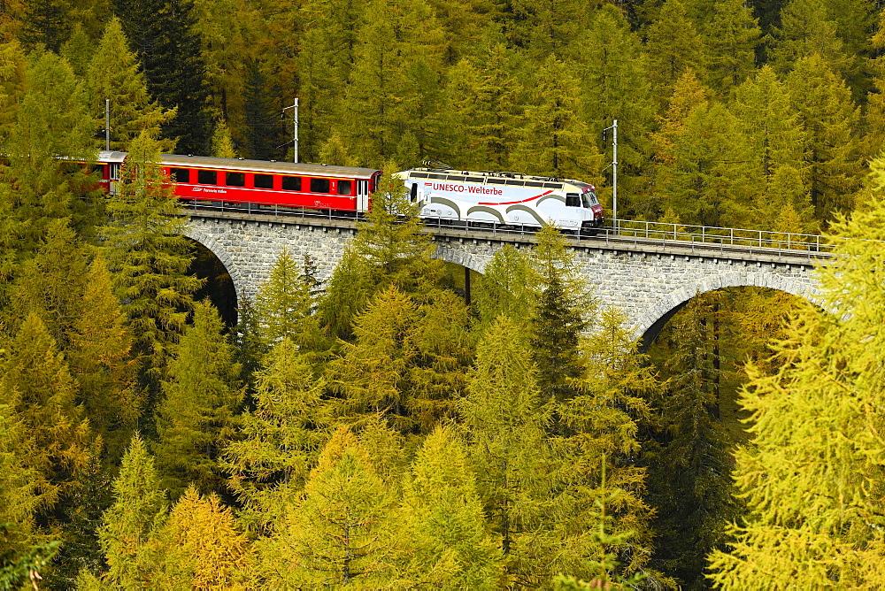 Rhaetian Railway, Albula Viaduct II, Bergün, Graubünden Canton, Switzerland, Europe