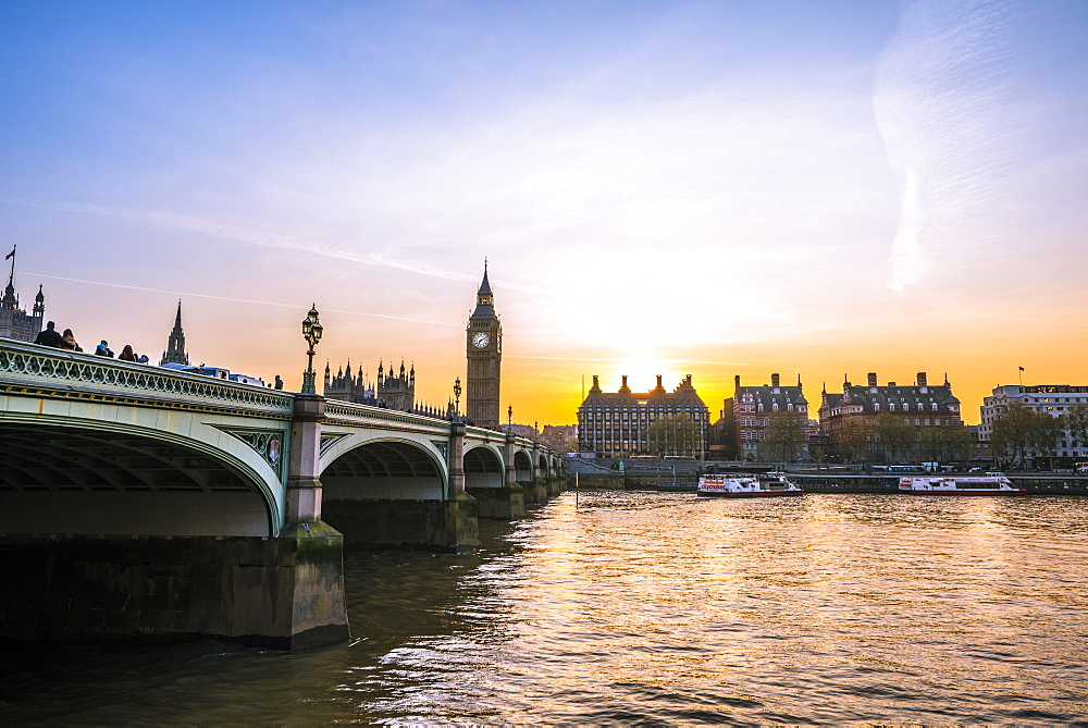 Big Ben, dusk, evening light, sunset, Houses of Parliament, Westminster Bridge, Thames, City of Westminster, London, London region, England, United Kingdom, Europe