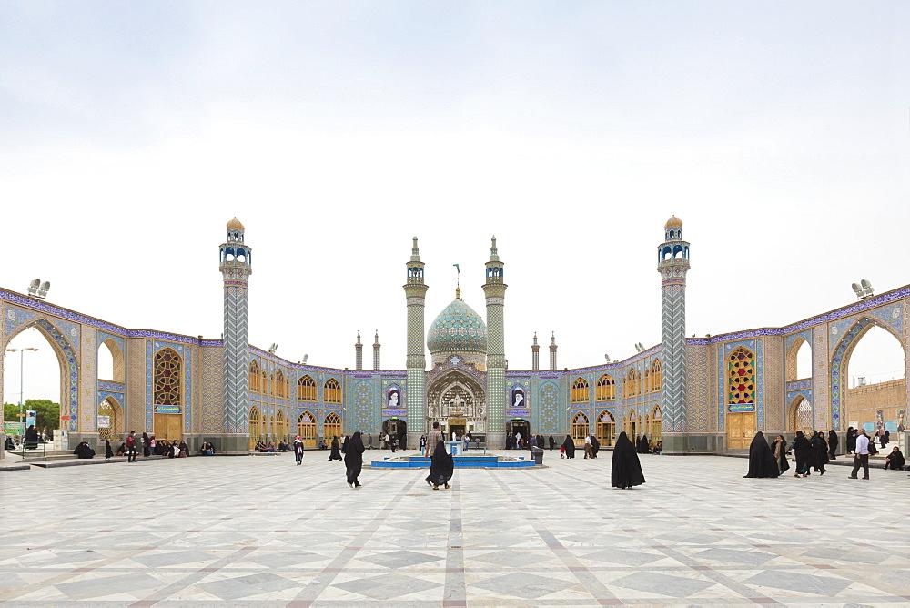 Courtyard of holy shrine of Imamzadeh Helal Ali in Aran va Bidgol, near Kashan, Iran, Asia