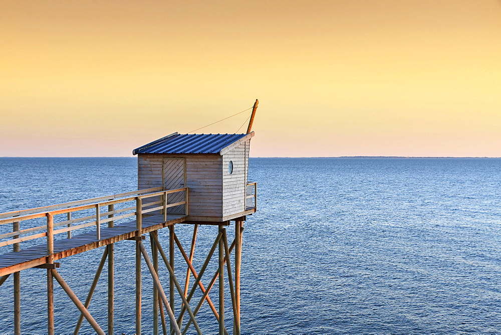 Traditional fishing hut on stilts, in the evening, Jade Coast, Cote de Jade, Loire-Atlantique, France, Europe