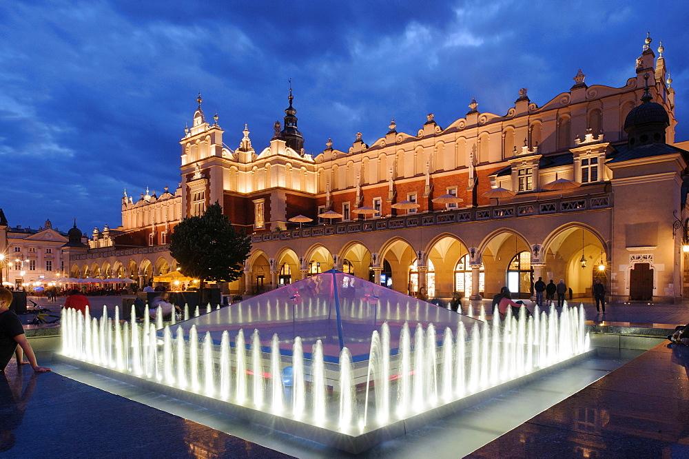 Main Square, Rynek Glowny, Krakow, Lesser Poland, Poland, Europe