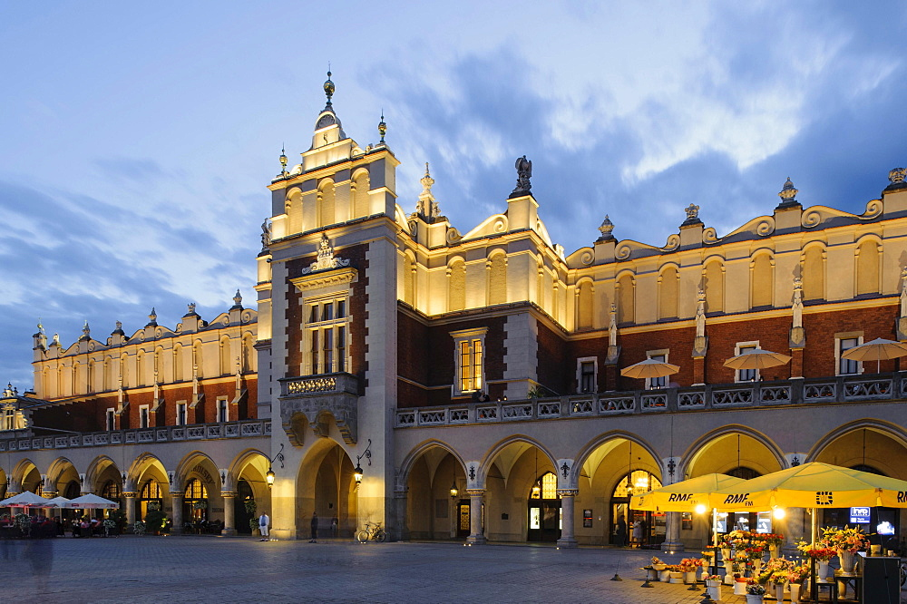 Cloth Hall on Main Square, Rynek Glowny, Krakow, Lesser Poland, Poland, Europe