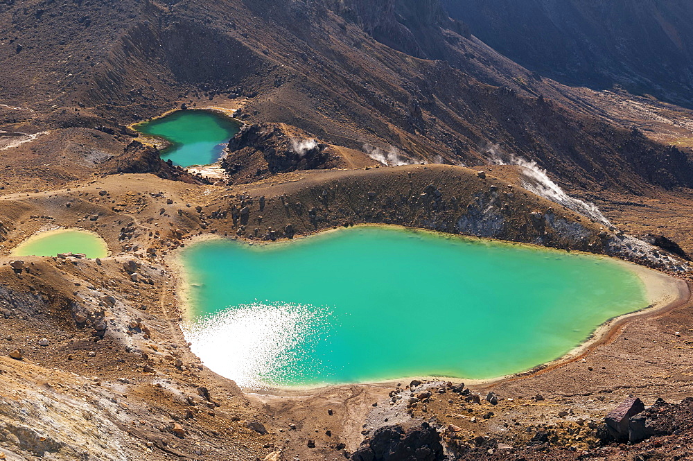 Emerald Lakes at the Tongariro Crossing in Tongariro National Park, Ruapehu District, Manawatu-Wanganui Region, North Island, New Zealand, Oceania
