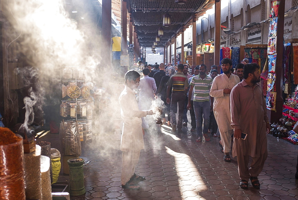 Market, Souk in Old Dubai, atmospheric light, Dubai, United Arab Emirates, Asia