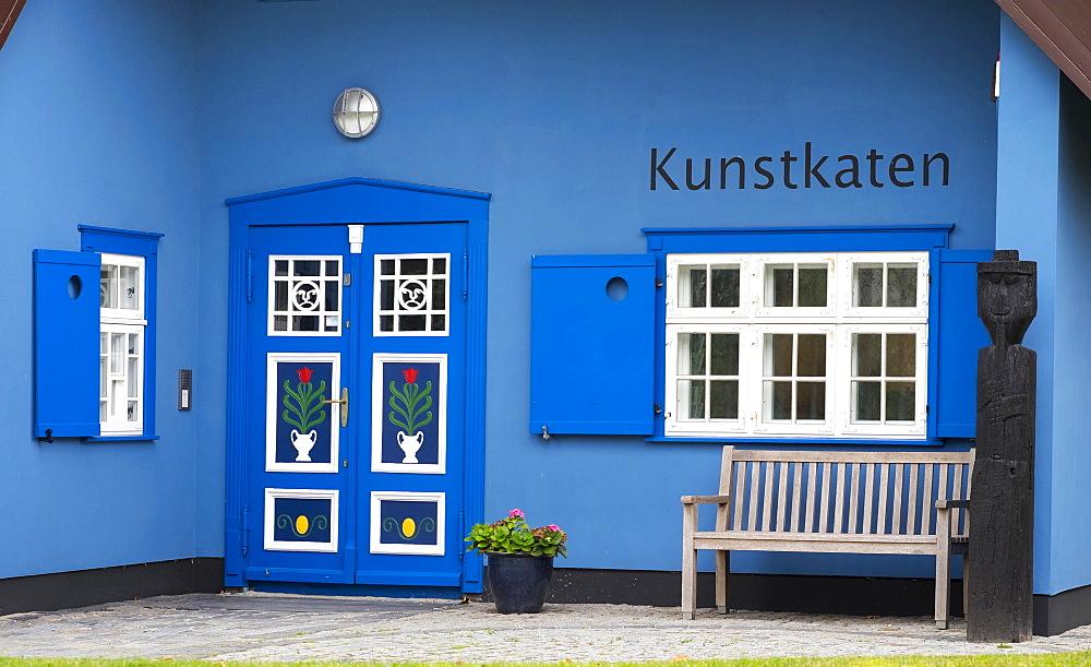 Galerie Kunstkaten, art gallery, Ahrenshoop, Fischland, Fischland-Zingst, Mecklenburg-Western Pomerania, Germany, Europe *** IMPORTANT: For editorial use only ***