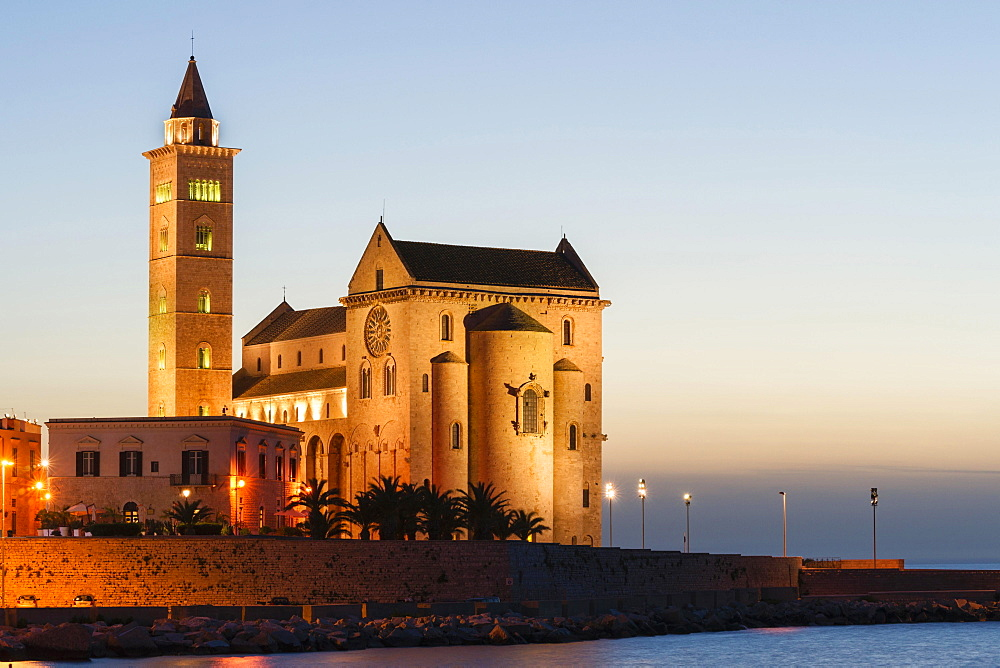 Blue hour, Gothic Norman Trani Cathedral, 11th century, Trani, Bari, Apulia Province, Italy, Europe