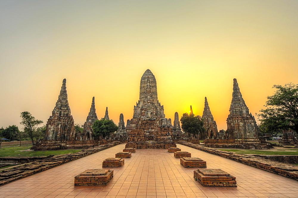 Buddhist Temple, Wat Chai Watthanaram, Ayutthaya, Thailand, Asia