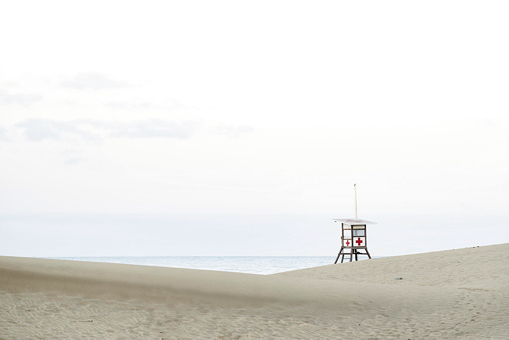 Watchtower for lifeguards in the sand dunes of Maspalomas, Gran Canaria, Canary Islands, Spain, Europe