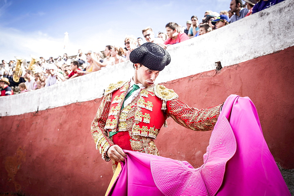 Matador in the arena performing a Veronica manouvre, bullfight, Barco de Avila, Avila, Castile and Leon, Spain, Europe