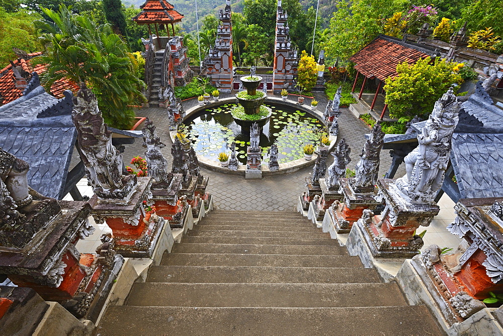 Central square with fountain of the Buddhist monastery,Brahma Vihara, Banjar, North Bali, Bali, Indonesia, Asia