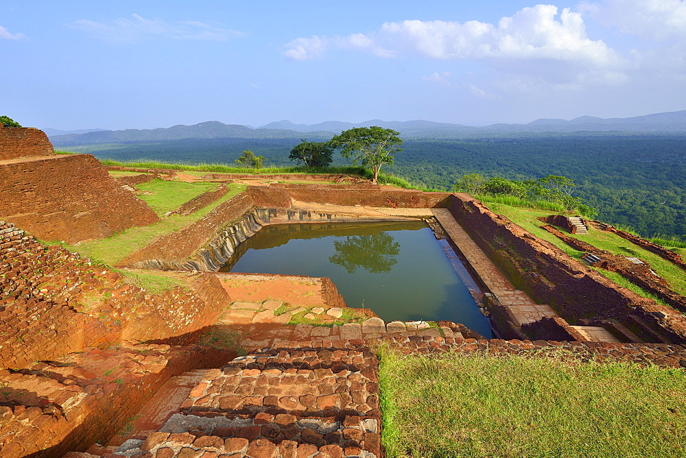 Cistern in the ruins of the fortress on the Lion Rock, Sigiriya, UNESCO World Heritage Site, Sigiriya, Central Province, Sri Lanka, Asia
