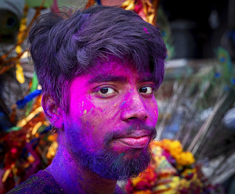 Man celebrates at Holi Festival, portrait, Old Delhi, Delhi, India, Asia