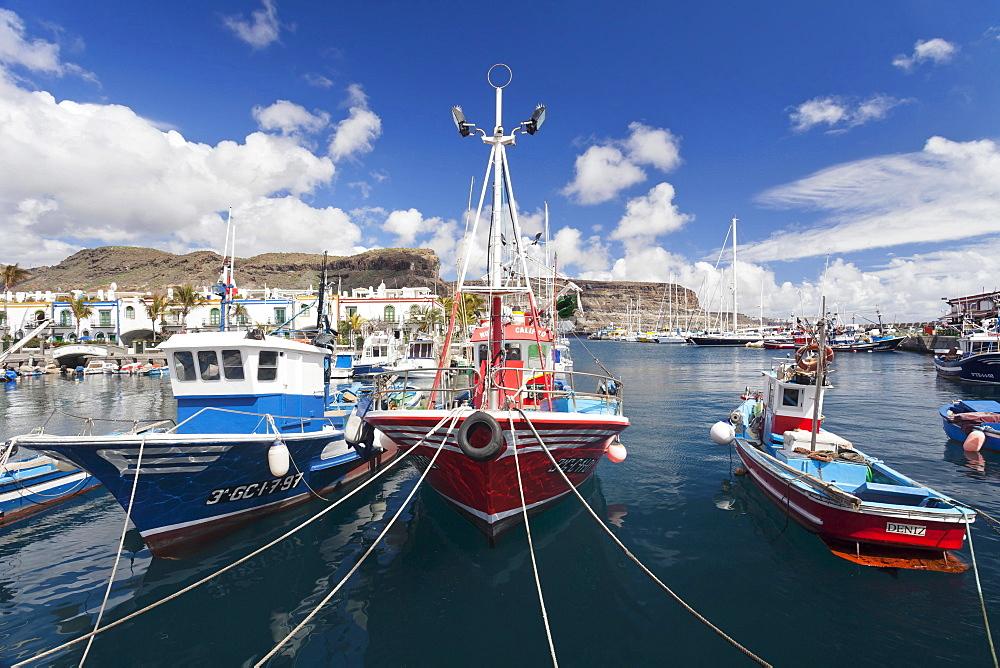 Fishing boats in the harbor, Puerto de Mogan, Gran Canaria, Canary Islands, Spain, Europe - 832-383132