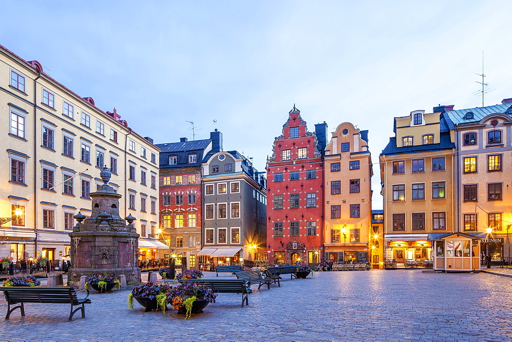 Town houses in Stortorget square, historic centre, Gamla stan, Stockholm, Sweden, Europe