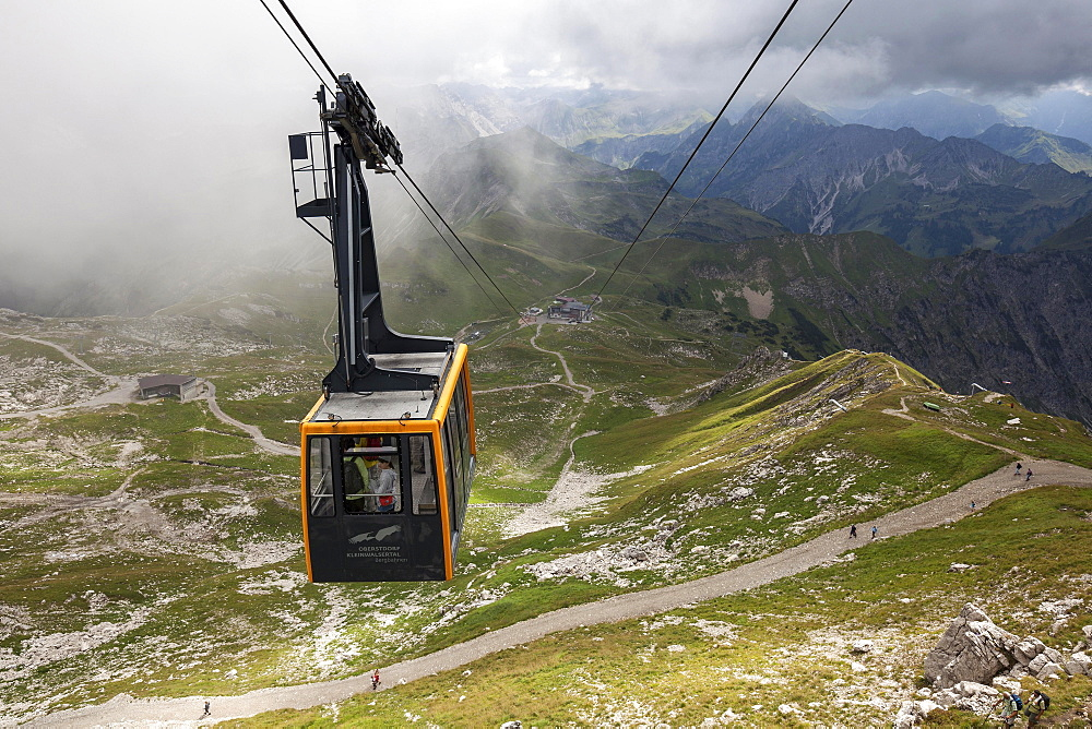 Cable car, Nebelhornbahn cabin, Hofatsblick and Edmund Probst Haus stations in the back, Allgau Alps, Oberstdorf, Oberrallgau, Allgau, Bavaria, Germany, Europe