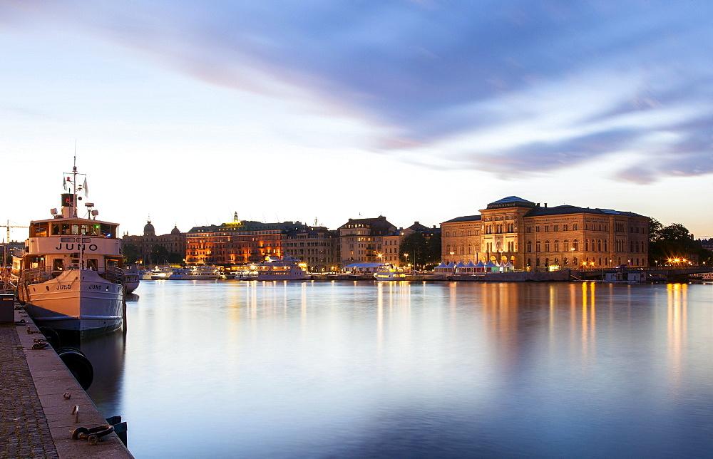 Sodra Blasieholmshamnen boulevard, Grand Hotel, Bolinderska palatset palace, Swedish National Museum, Stockholm, Stockholms lan or Stockholm County, Sweden, Europe