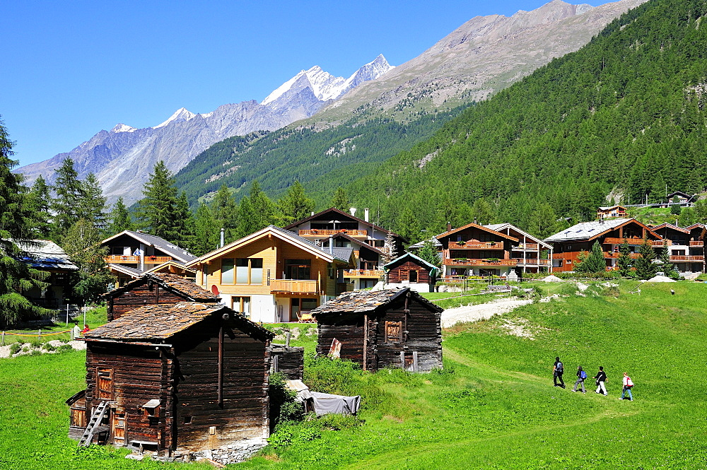 Wooden cabins and chalets on the outskirts of Zermatt, Canton of Valais, Switzerland, Europe