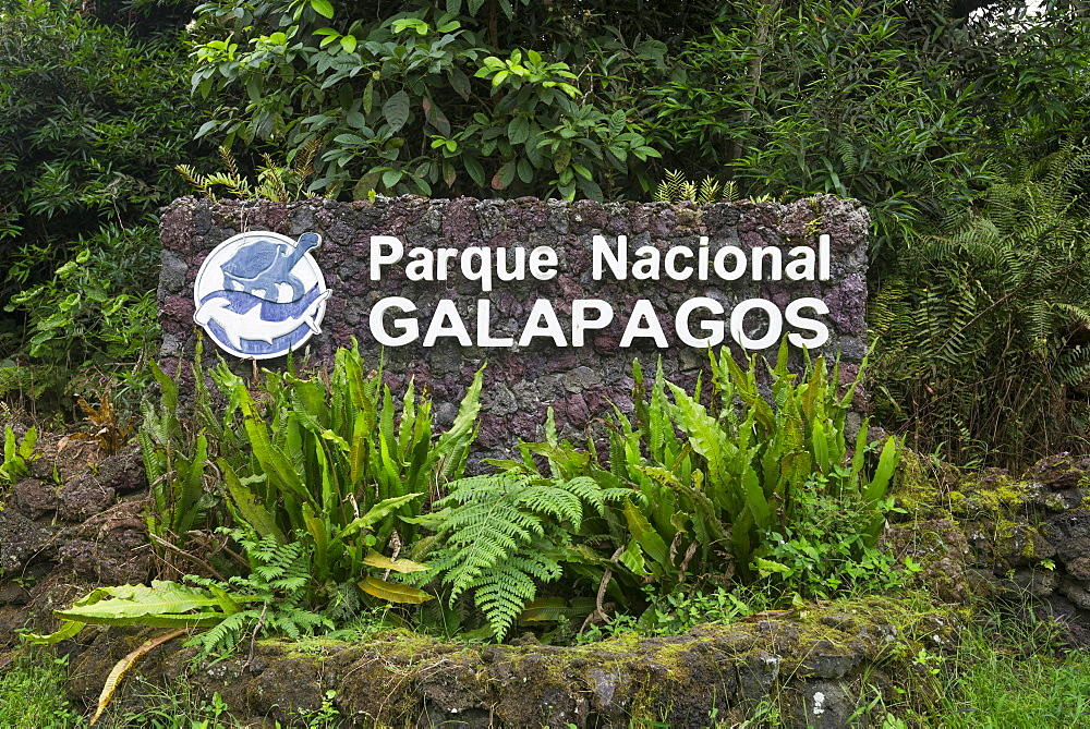 Sign of the Parque Nacional Galapagos, Galapagos National Park, Isabela Island, Galapagos Islands, Ecuador, South America