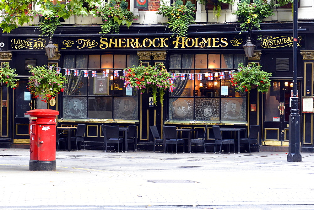 The Sherlock Holmes Pub, Charing Cross, London, London region, England, United Kingdom, Europe