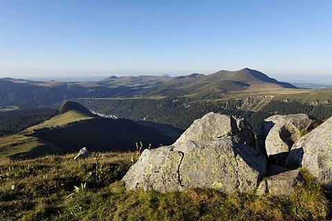 Monts Dore valley, Parc naturel regional des Volcans d'Auvergne, Auvergne Volcanoes Regional Nature Park, Puy de Dome, France, Europe
