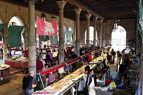 Fish market hall, Campo de la Pescaria, Rialto market, San Polo district, Venice, Venetia, Italy, Europe
