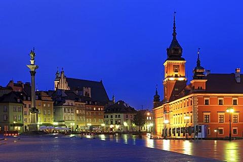 Royal Castle, Castle square, twilight, Warsaw, Mazovia, Poland, Europe