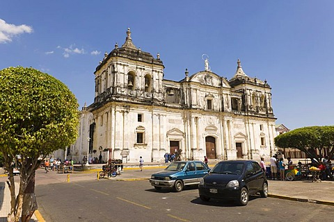 The Cathedral at Parque Central, Leon, Nicaragua, Central America