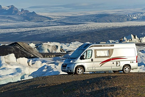 Recreational vehicle or motor home, Joekulsarlon Glacial Lagoon, South Iceland, Iceland, Europe