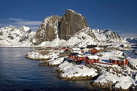 Rorbuer, traditional wooden houses, Reine, Lofoten Island of Moskenesoya, Lofoten Islands, North Norway, Norway, Europe