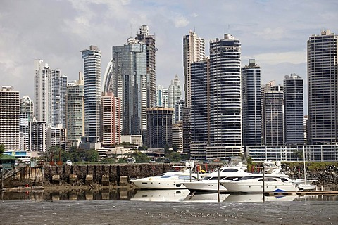 Yacht harbour and the skyline of Panama City, Panama, Central America