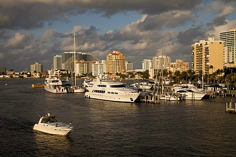 Yachts and canals, Fort Lauderdale, Broward County, Florida, USA