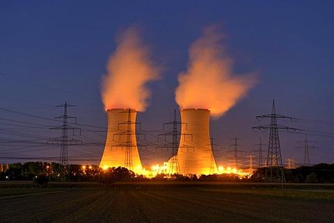 E.ON Grafenrheinfeld Nuclear Power Plant, cooling towers, Schweinfurt, Bavaria, Germany, Europe