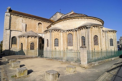 Eglise Saint Hilaire church, French Way, Way of St James, Poitiers, Vienne, Poitou-Charentes, France, Europe, PublicGround