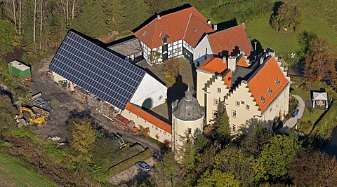 Aerial view, Haus Reck moated castle with solar panels on roof, Pelkum, Hamm, Ruhr Area, North Rhine-Westphalia, Germany, Europe